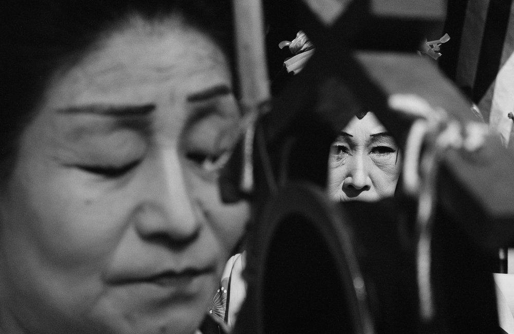 Shōmei Tōmatsu Chindon Street Musician, 1961